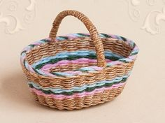WC/020, wicker shopping basket, scale 1 : 12, made by Will Werson.