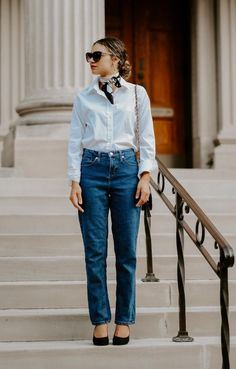 How To Look Expensive, Parisian Chic Style, How To Be Parisian, French Outfit, Diy Mode, French Girls, French Fashion, Parisian Chic Fashion, Simple Outfits