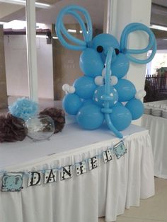 Arreglo baby shower elefantin babyshower ideas in 2019 Baby Shower Quotes, Baby Shower Niño, Baby Shower Gifts For Boys, Baby Shower Princess, Baby Shower Balloons, Baby Shower Themes, Shower Ideas, Elephant Balloon, Balloon Animals