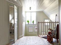One day I shall have an Attic (with a capital A!) Keltainen talo rannalla: Mökkisisustuksia