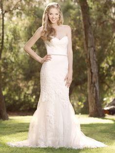 Beautiful by Enzoani - BT15-30 | Jaehee Bridal Atelier #mermaid #sweetheart #strapless #lace #bridal #weddingdress
