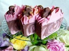 sugar queen - the best soap from http://www.edens-secret.co.uk