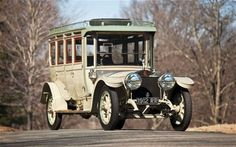 The Corgi Rolls Royce - 1912 Silver Ghost Pullman Limousine Old Rolls Royce, Rolls Royce Cars, Voiture Rolls Royce, Vintage Cars, Antique Cars, Retro Cars, Ford, Busse, Old Cars