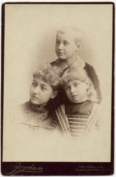 """Mary """"Mamie"""",  Abraham """" Jack""""  and Jessie Lincoln :the children of Robert Todd Lincoln; grandchildren of Abraham Lincoln"""