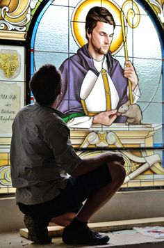 The bespoke stained glass for Markvartice church created by Zdenek Kudlacek for KOLEKTIV ATELIERS.