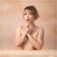Notre Jolie Modèle du jour est venue immortaliser sa féminité lors d'un shooting Boudoir dans le Val de Marne. Un moment pour soi dans un cadre respectueux et de confiance.