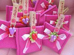 bomboniera - pegs as fasteners, add recipients names and pretty details on pegs! Gadgets And Gizmos Vbs, Kids Gadgets, Office Gadgets, Camping Gadgets, Electronics Gadgets, Felt Crafts, Diy Crafts, Bathroom Gadgets, Kitchen Gadgets
