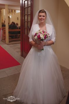 Bukiet ślubny Panny Młodej -kwiaty białe, różowe i fuksja | opolskie Formal Dresses, Wedding Dresses, Fashion, Formal Gowns, Moda, Bridal Dresses, Alon Livne Wedding Dresses, Fashion Styles, Weeding Dresses