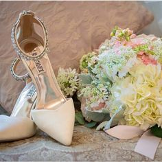 We love these bridal shoes to the moon and back! Photo by @mauiweddings aka Gordon Nash Photography Florals: @loishiranagafloraldesign Maui Florals #florals #weddings #mauiweddings #weddinginspiration #flowers #bouquet #weddingshoes