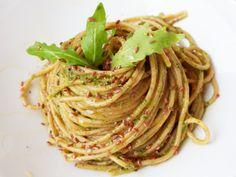 Il RucoLino Recipe R, Gif, Vegan Recipes, Vegan Food, Pesto, Spaghetti, Food And Drink, Ethnic Recipes, Search