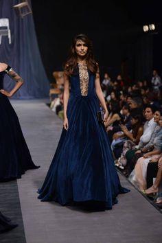 Manish Malhotra (Women) - Lakme Fashion Week 2015