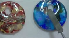 Tanya Veit of aaeglass.com offers these quick tips on creating fused glass pendants using Creative Paradise Jewelry Molds. Tanya does it the unconventional way…