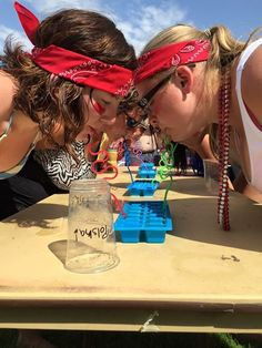 Ice ice baby… Beer Olympics game: fill up an ice cube tray with beer and use a… - Schulanfang 2019 Drinking Games For Parties, Adult Party Games, Outdoor Drinking Games, Beer Drinking Games, Adult Drinking Games, Bachelorette Party Drinking Games, Redneck Party Games, Adult Party Ideas, Bachelorette Parties