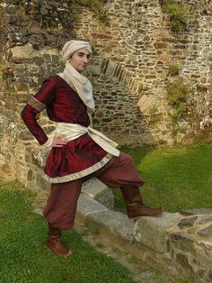 Seldjoukid  Medieval arab costume for men by FeeFilochee on Etsy