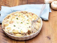 Szalámis-gombás rakottas Recept képpel - Mindmegette.hu - Receptek Gnocchi, Mashed Potatoes, Pie, Lunch, Dinner, Ethnic Recipes, Desserts, Food, Whipped Potatoes