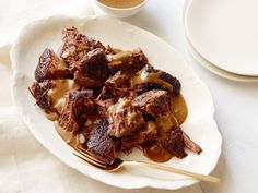 Stracotto (Pot Roast) with Porcini Mushrooms Recipe : Giada De Laurentiis : Food Network - FoodNetwork.com