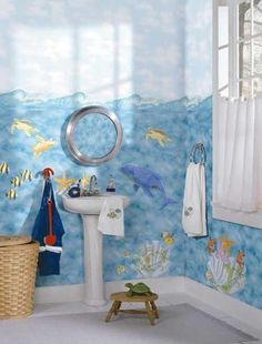 give a sea theme to the kid's bathroom