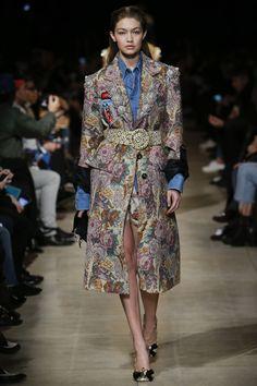 Miu Miu Fall 2016 Ready-to-Wear Fashion Show - Gigi Hadid (IMG)