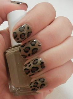Some super classy cheetah print I did with Essie Case Study and OPI You Don't Know Jacques. Loving these pretty fall nails.