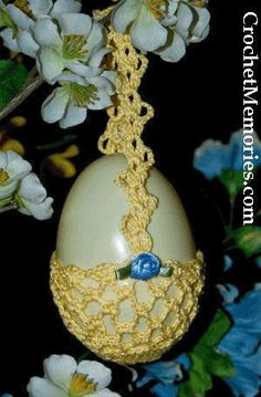 Free Lace Egg Basket   Designed by: Cylinda Mathews     Materials:   Sm ball 100% cotton thread, size 10 (any color...