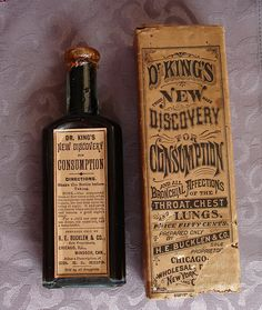Antique medicine for consumption (TB) sold at the Chicago World's Fair. The bottle is sealed and the medicine is still intact. It's sure to cure whatever ails you-lol! Antique Glass Bottles, Vintage Bottles, Bottles And Jars, Vintage Perfume, Perfume Bottles, Vintage Packaging, Vintage Labels, Vintage Ads, Retro Ads