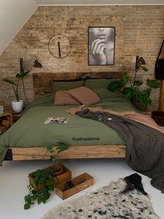 Your Interior Design Career Budget Home Decorating, Interior Decorating Styles, Decorating Tips, Room Ideas Bedroom, Home Decor Bedroom, Bedroom Colors, Bed Room, Interior Design Career, Aesthetic Bedroom