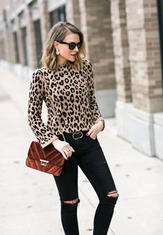 Leopard Print Outfit Ideas Pictures a little leopard lssiges herbstoutfit leopard kleidung Leopard Print Outfit Ideas. Here is Leopard Print Outfit Ideas Pictures for you. Leopard Print Outfit Ideas what to wear with leopard print clothes ou. Leopard Print Outfits, Animal Print Outfits, Animal Print Fashion, Leopard Print Top, Fashion Prints, Leopard Dress, Blusas Animal Print, Animal Print Shirts, Pullover Outfit