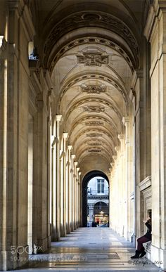 Au Louvre by bb33fr