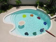 This palette-shaped pool belongs to an painter, of course! Allan Rodewald is a Houston-based American abstract artist- I want this for my pool! Swimming Pool Designs, Swimming Pools, Home Design Decor, House Design, Home Decor, Design Ideas, Outdoor Art, Outdoor Decor, Dream Pools