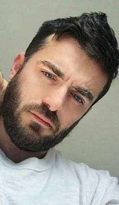 dreaming of a dream Great Beards, Awesome Beards, Scruffy Men, Hairy Men, Beard Styles For Men, Hair And Beard Styles, Moustaches, Oscar 2017, Hunks Men