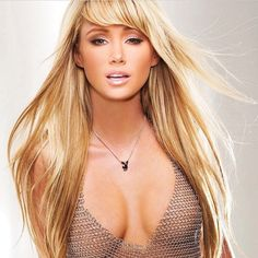 This is our #wcw (a day late, but worth the post)! So gorgeous! #forthelook @saraunderwood