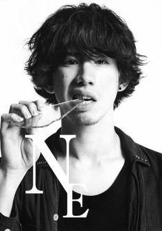 Taka one ok rock One Ok Rock, G Dragon Hairstyle, Takahiro Morita, Takahiro Moriuchi, Mp3 Music Downloads, Online Music Stores, I Really Love You, Kpop, Visual Kei