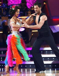 "DWTS Season 9 (Fall 2009) - Debi Mazar  & partner Maksim C - Week 1 dancing in the Foxtrot relay to ""The Best is Yet to Come"" by Michael Buble - Score 6"