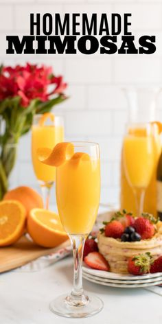 Mimosas are also incredibly easy to make and replenish, making them the perfect low-fuss brunch cocktail for all occasions. Ham Recipes, Oven Recipes, Steak Recipes, Casserole Recipes, Cooker Recipes, Chicken Recipes, Healthy Recipes, Dinner Recipes, Cabbage Recipes
