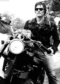 Norman Reedus, The Walking Dead                              …