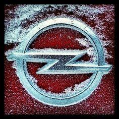 opel winter - logo - emblem - badge Logo Emblem, Car Logos, Hood Ornaments, Cot, Cars And Motorcycles, Hot Wheels, Badge, Classic Cars, Sketches