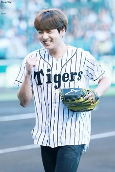 Jungkook ❤ BTS At The Hanshin Tigers vs Nippon Ham Fighters Baseball Game! For the ceremonial first pitch~ (PRESS - 170602) #BTS #방탄소년단
