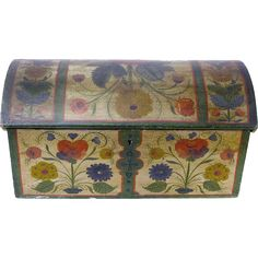 We are offering a wonderful miniature Norwegian kiste, or dome top chest with a till, that has been nicely decorated on all four sides and top with