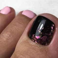 What Christmas manicure to choose for a festive mood - My Nails Pretty Toe Nails, Cute Toe Nails, Toe Nail Art, Manicure Y Pedicure, Gel Nails, Nail Polish, Pedicure Designs, Toe Nail Designs, Christmas Nail Designs