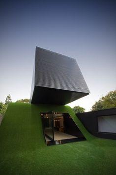 Hill House - Melbourne, Australia, 2012  Andrew Maynard  www.maynardarchitects.com  via archdaily.com    for #form #material