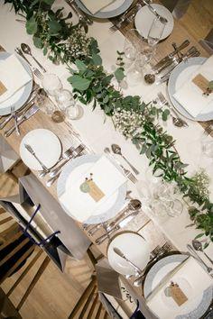 NATURAL GREEN GARDEN   ARCH DAYS Garden Wedding, Wedding Table, Dream Wedding, Wedding Decorations, Table Decorations, Sister Wedding, Green Garden, Pretty Little, Wedding Flowers