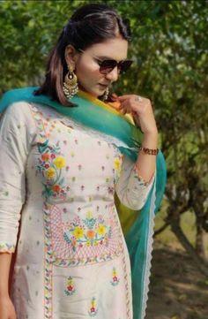 Punjabi Salwar Suits, Patiala Salwar, Salwar Suits Online, Punjabi Suit Boutique, Punjabi Suits Designer Boutique, Boutique Suits, Indian Designer Suits, Fancy Dress Design, Stylish Dress Designs