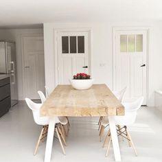Table_repas_poutre_grande_8_personnes_manger_bois_pin_massif_brut_mobilier_sur_mesure_design_contemporain_fabriquer_france_made_in_mano_recycling_paris_francais_01
