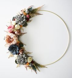 Modern Wreath Spring Peony Dried Flower Wedding Decoration D.-Modern Wreath Spring Peony Dried Flower Wedding Decoration Daisy Rose Dahlia Home Decor Modern Wreath Spring Peony Dried Flower Wedding Decoration Dried Flower Wreaths, Dried Flowers, Sunflower Wreaths, Wedding Flower Decorations, Wedding Flowers, Decor Wedding, Diy Wedding, Wedding Venues, Wedding Unique
