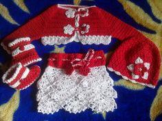 Hainute copii tricotate si crosetate la comanda: Set crosetat din bumbac Tree Skirts, Knitting, Holiday Decor, Crochet, Sweaters, Christmas, Fashion, Tricot, Xmas