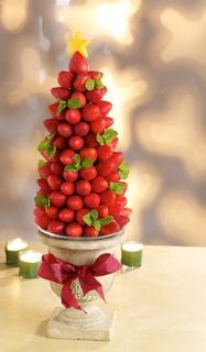 Very Berry Holiday Tree featuring Driscoll's Berries #3pmSnack | Five Dollar Shake