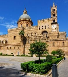 Circuit Sicile : les 20 plus beaux paysages à voir sur l'île Beau Site, Travel Memories, Taj Mahal, Castle, Europe, Photos, Mansions, Architecture, House Styles