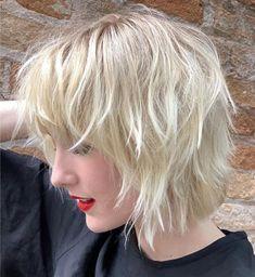 Fine Hair Bangs, Haircuts For Thin Fine Hair, Short Hairstyles Fine, Stylish Hairstyles, Shaggy Bob Hairstyles, Medium Fine Hair, Medium Hair Cuts, Medium Hair Styles, Short Hair Styles