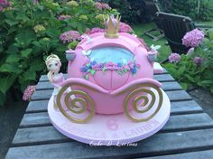 Fairytale Princess Carriage by Cake-D-Licious