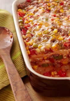 Layered Fiesta Casserole – Say Hola! to your new favorite Mexican-inspired casserole recipe. It's layered with ground beef, salsa, tortillas and melted cheddar cheese. Mexican Dishes, Mexican Food Recipes, New Recipes, Cooking Recipes, Favorite Recipes, Mexican Meals, Kraft Foods, Kraft Recipes, Beef Dishes